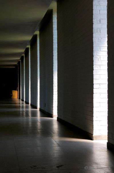 Hallway,  Eliel Saarinen