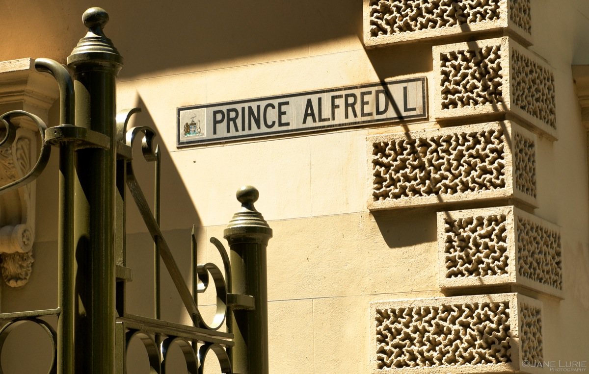 Prince and Shadows, Adelaide