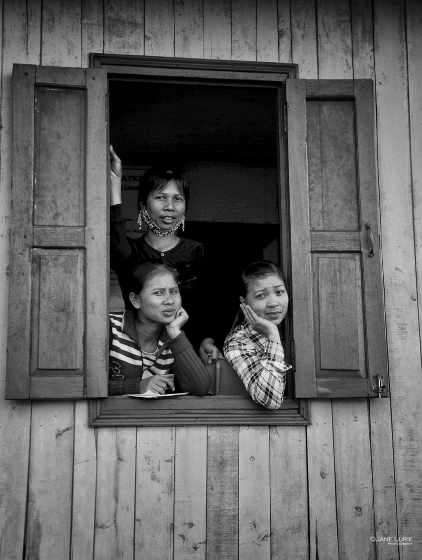 Three Women, Halong Bay