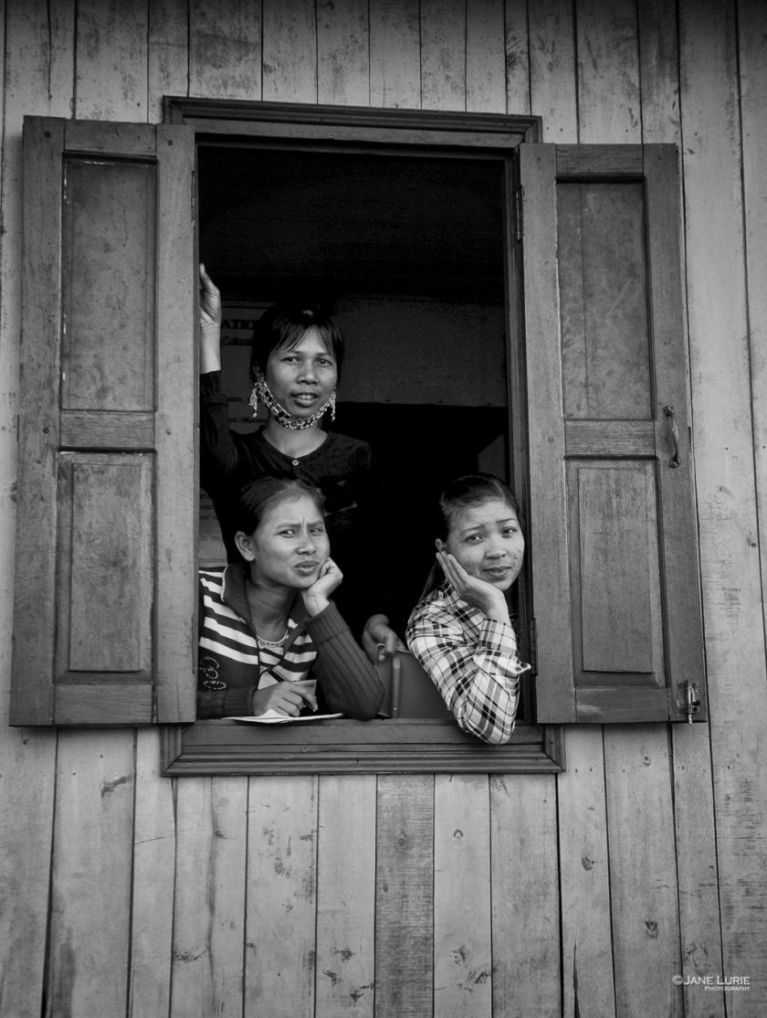 Three Women, HalongBay