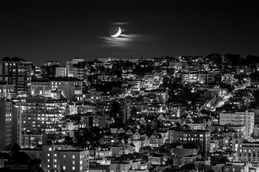 Crescent Moonset Over SanFrancisco